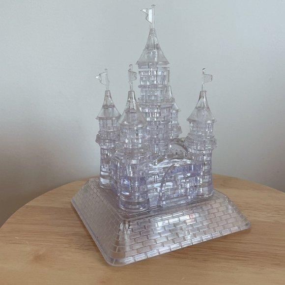 3D castle puzzle with music and light